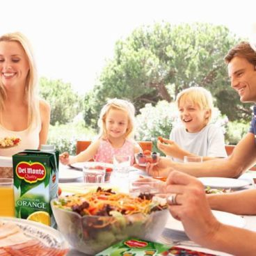Del Monte Family table